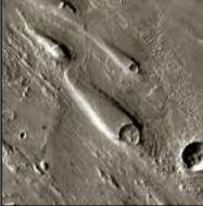 Teardrop islands on Mars (Credit: NASA JPL)
