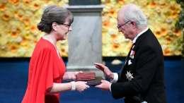 Guelph native, U of W prof Donna Strickland collects Nobel Prize | CBCNews